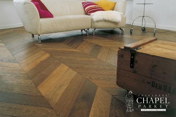 Drewniana podłoga salon