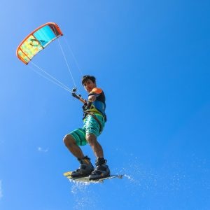 sprzet do kitesurfingu